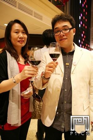 IMG_0125_20101021_法国福楼日阁堡酒会