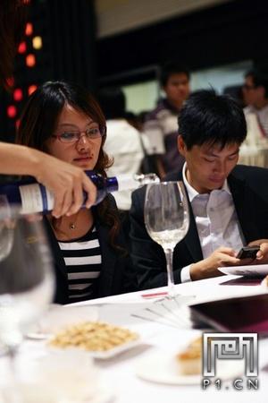 IMG_0007_20101021_法国福楼日阁堡酒会