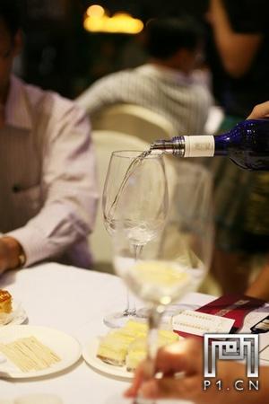 IMG_0011_20101021_法国福楼日阁堡酒会